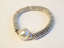 Bead Shack Tutorial Instruction & Kit - Stretchy Silver Tone Pinwheel Bracelet
