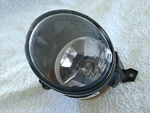 2009-2011 VOLKSWAGEN VW TIGUAN 2007-2011 EOS LEFT HALOGEN FOG LIGHT LAMP OEM