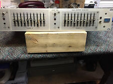 Urei 535  Dual  Equalizer  Good shape  working  Used