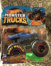 MINT 2019 HOT WHEELS MONSTER TRUCKS Rodger Dodger Red Line Wheels Connect Crash