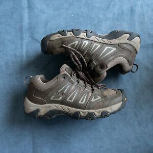 KEEN Mens Oakridge 1015316 Brown Hiking Shoe Size 9