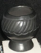 Dollhouse Miniature Mexican San Bartolo Coyotepec Pedestal Pot 1:12 #5302 Black