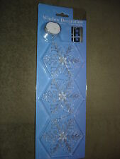 SNOWFLAKES WINDOW DECORATION LIGHTS UP AND CHANGES COLORS