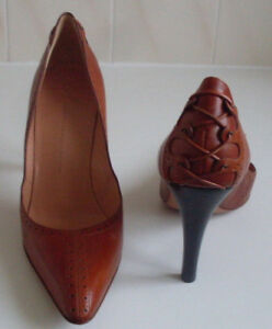 GIUSEPPE ZANOTTI Designer Italy Brown Pointed Pump Heels Court Shoes Size EU 38