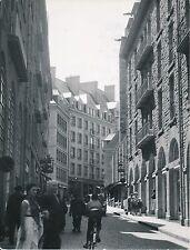 SAINT MALO c. 1955 - Auto Rue Commerces  Ille et Vilaine - Div 10695