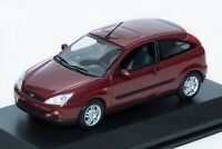 Ford Focus Mk1 3dr 2002 Red, dealership model, Minichamps 1:43 scale, car gift
