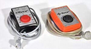 Roco 10704, 0950S - 2 Trafos (Fahrpulte), 220 Volt, 14 VA - schwarz / orange