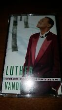 LUTHER VANDROSS - THIS IS CHRISTMAS - CASSETTE TAPE