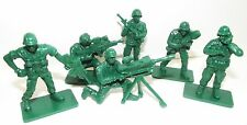 """Plastic toy soldiers. Modern US infantry. """"Green army men"""". 1/35 scale"""