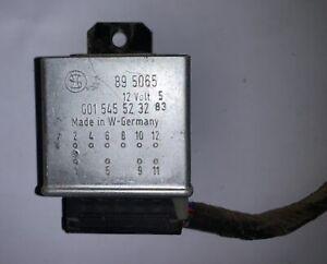 Seat Belt Warning Relay 0015455232 w/ Plug off 1983 Mercedes Benz R107 —T2- M1