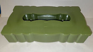 VTG Avocado Green Plastic Tissue Box Holder Cover MCM Scalloped Edges