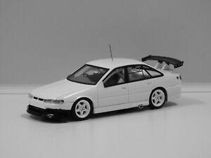 """1:43 Holden Castrol Commodore - 1995 Bathurst Winner (Perkins/Ingall) """"Plain Bod"""