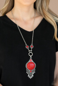 """NEW PAPARAZZI """"MAJESTIC MOUNTAINEER"""" NECKLACE Green or Red"""