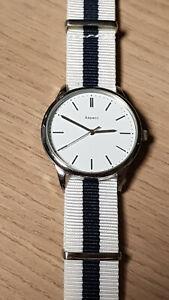 TCM - Aspect - Damen / Herren Armbanduhr  - frisches Design - Stoffarmband