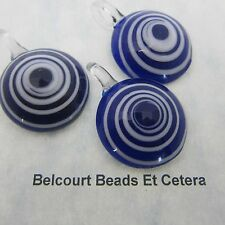10 Glass Navy and White Swirl Round Pendants 31mmm by 100mm 6mm Inside Hole