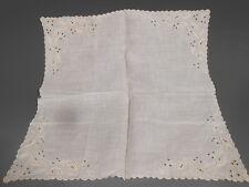 Fine Madeira White Irish Linen w/ White Daisy Embroidery Handkerchief ca 20th c.