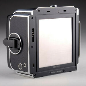 HASSELBLAD A12 FILM BACK 30212 - LATEST MODEL - NEAR MINT CONDITION - 30ER11498