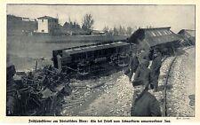 Ein bei Triest vom Schneesturm umgeworfener Zug Historische Aufnahme von 1910