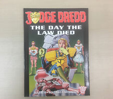 JUDGE DREDD LAW DIED DAY THE 2000AD Titan First Edn Graphic Novel 9781840237764