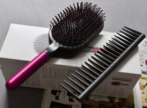 DYSON AUTHENTIC STYLING SET SUPERSONIC DESIGNED DETANGLING COMB AND PADDLE BRUSH