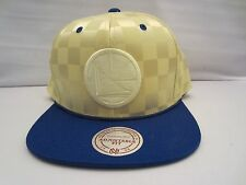 GOLDEN STATE WARRIORS MITCHELL AND NESS NBA UPFIELD SNAPBACK HAT