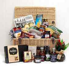 Connoisseurs Seasonal Christmas Food Hamper Basket  24 Fine Food Items