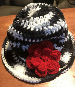 Cloche flower  design hand crochet Child hat BLACK WHITE RED NEW