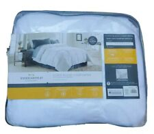 "Threshold Full Queen (90"" x 94"") Down Blend Comforter White Year-Round NEW"