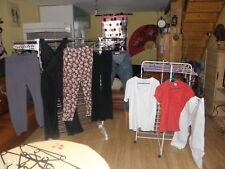 gros lot  de 50 vêtements femme taille 42 et qui y correspond