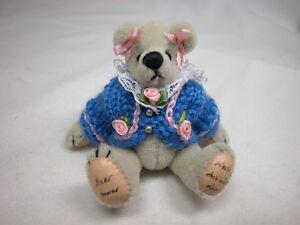 "World of Miniature Bears By Theresa Yang 2.5""  Sweet Sue #1052 CLOSING"
