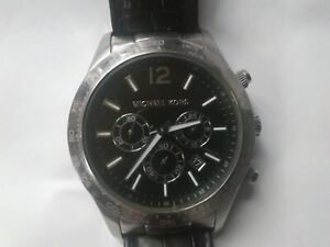 Man's Michael Kors watch