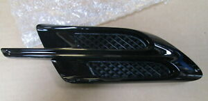 NEW GENUINE BENTLEY BENTAYGA LEFT FRONT WING AIR VENT GRILLE BLACK 36A821273C
