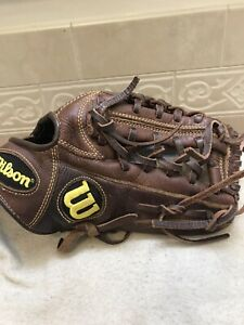 """Wilson A800 11.75"""" Youth adult Trapeze Baseball Softball Glove Right Hand Throw"""