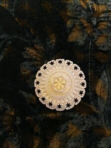 """ANTIQUE VINTAGE CARVED PEARL SHELL BUTTONS PIERCED W/ STARS BOARDER  1 1/4"""""""