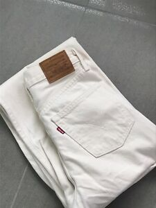 Levis Womens Ultra High Rise Cream Ribcage Straight Leg Ankle Denim Jeans W25