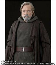 S.H. Figuarts Luke Skywalker Last Jedi Bandai Tamashii Star Wars USA