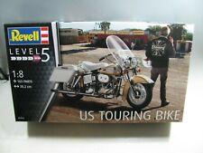 858| Revell Bausatz 07937 US Touring Bike Motorrad 1:8