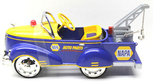 Crown Premiums NAPA 1940 Gendron Tow Truck Pedal Car Bank 1/6 Diecast Model