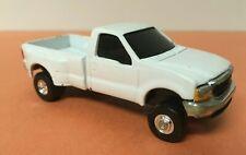 Ertl Ford F-350 Super Duty Dually Pickup Truck White Diecast Model 1:64