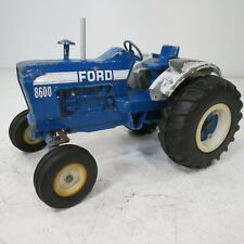 Ford 8600 - by Ertl - 1/12th Scale