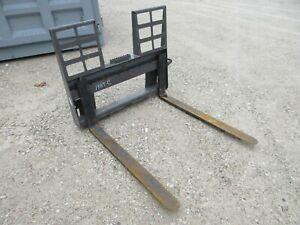 """48"""" Walk-Thru Pallet Fork w/Step Skid Steer Loader Attachment Bobcat Gehl Kubota"""