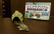 Epoch (Like Kaiyodo ) Aquarium Pleco Fish and Cave Mini PVC  Figure A