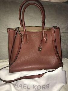 Michael Kors MERCER Medium Convertible Tote Brown