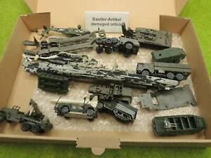 Roco etc H0 Konvolut Militärfahrzeuge, Kampfschiff etc Bastler (VF) S1028