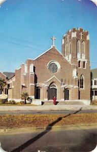 HATTIESBURG, Mississippi MS   SACRED HEART CATHOLIC CHURCH  1953 Chrome Postcard
