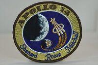 APOLLO 14 - CREW Souvenir VINTAGE ORIGINAL CLOTH BACK NASA SPACE PATCH Hallmark