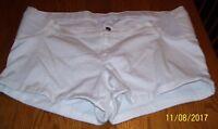 Liz Lange Maternity shorts XXL NWT