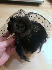 Cerchietto velo piume nero black feathers net veil fascinator
