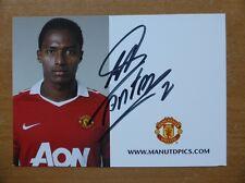 2010-11 Antonio Valencia Signed Man Utd Club Card (4744)