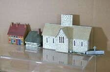 HORNBY BACHMANN LIMA OO KIT BUILT CHURCH THATCHED HOUSE BACKDROP MODEL SCENE mt